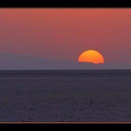 DREAMWALKER - Desert Sunrise Cover Art