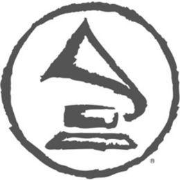 Reggie VaShaun - Grammy Family (Freestyle) Cover Art