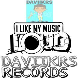 DAVIIKRS RECORDS - STRAY DOG Cover Art