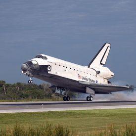 A_Música_do_Dia_09_09_*Lançamento do ônibus espacial Discovery completa 24