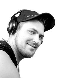 Mixtape Summer Hits 2019 by DJ Deffrost from DJ Deffrost