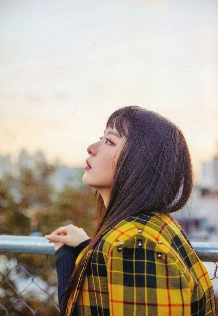 Turning The Pages of Memories by Seulgi from IIUCATII: Listen for free