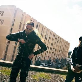 Naps (Ft. Alonzo) - Dans Le Block (Clip Officiel)